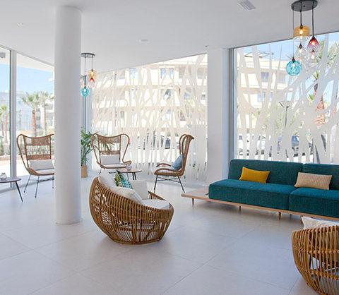 Recepción Apartaments Posidonia