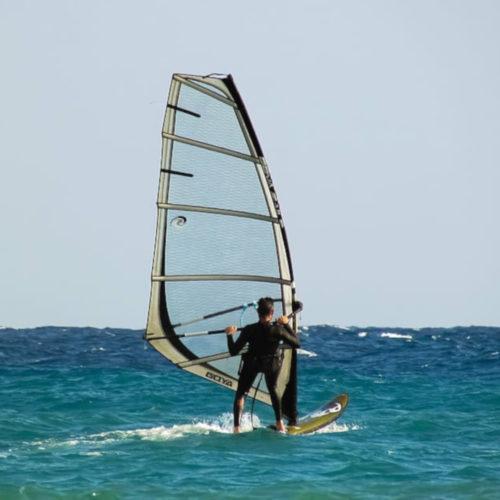 windsurfing-sport-surfing-water_r